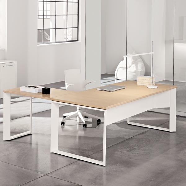 Scrivania con allungo e armadio basso linekit for Armadio basso ufficio