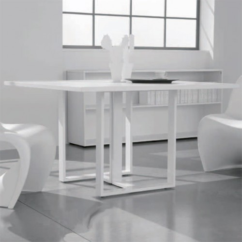Tavolo riunione twist bianco lucido 120 120 cm linekit for Tavolo bianco lucido