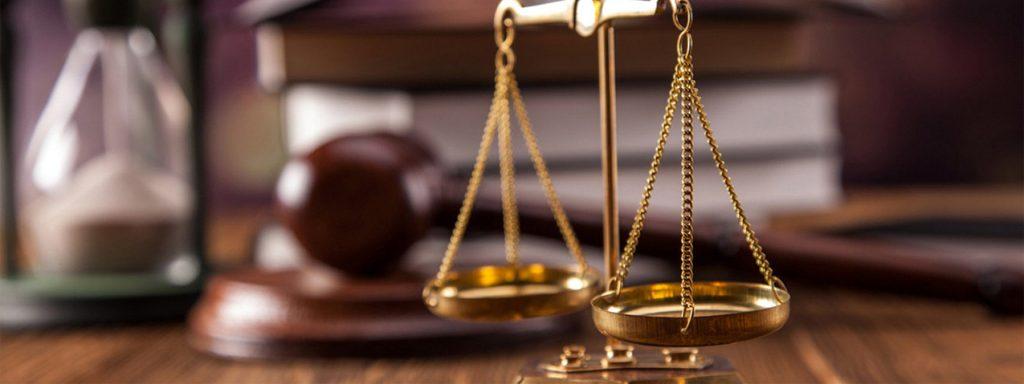 Arredo studio legale 7 consigli per essere al top linekit for Arredo ufficio legale