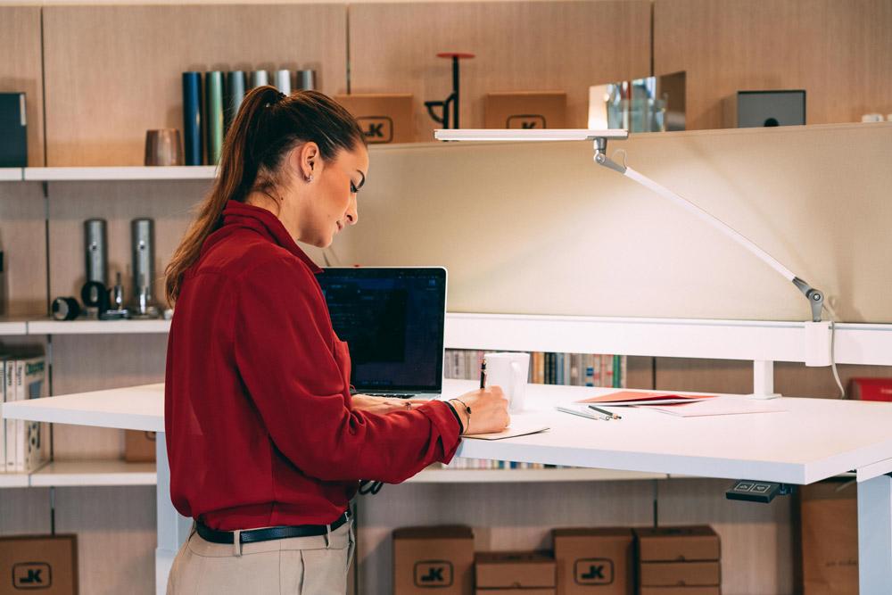 scrivania-elevabile